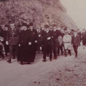 Inauguration par les bourgmestres Gabriel de Waimes, Charlier de Roberville – Sourbrodt, Paquay de Faymonville.