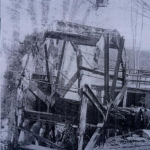 Le moulin a aube avant restauration