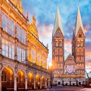5. L'hôtel de ville et la statue de Roland à Brême