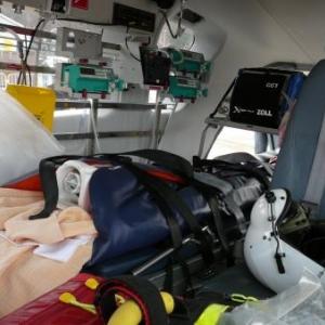 L'interieur de l'helicoptere medicalise