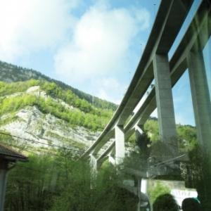 Le viaduc autoroutier de Nantua ( Photo de Ch. Marechal )