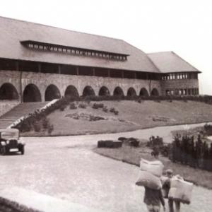 Vogelsang , l'ancienne forteresse nazie devenue centre de documentation