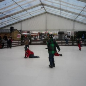 Patinoire synthetique