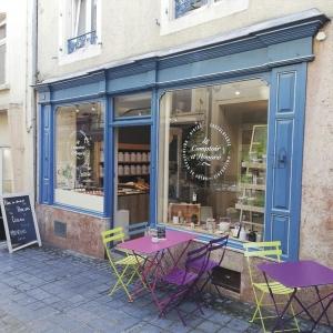 Le Comptoir d'Honoré, à Virton, célèbre pour ses gourmandises faites maison. © SDP