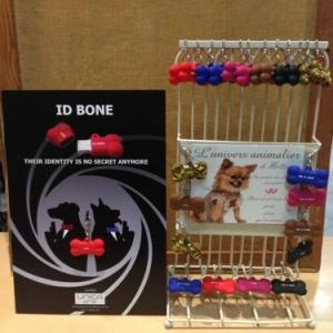 la carte d identite de votre chien et chat sur cle USB  19.95 euros differents coloris
