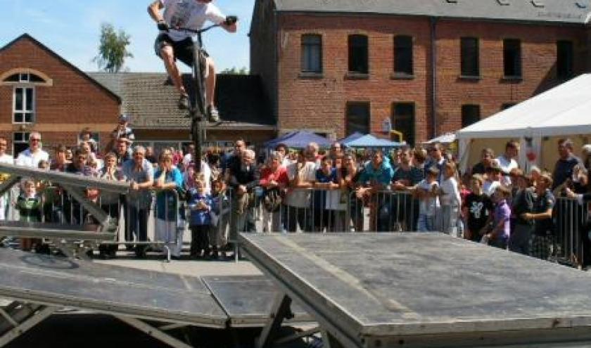 "Nicolas Massart, le 29 mai 2011, en ""demonstration"", Institut St-Joseph (Bastogne)"