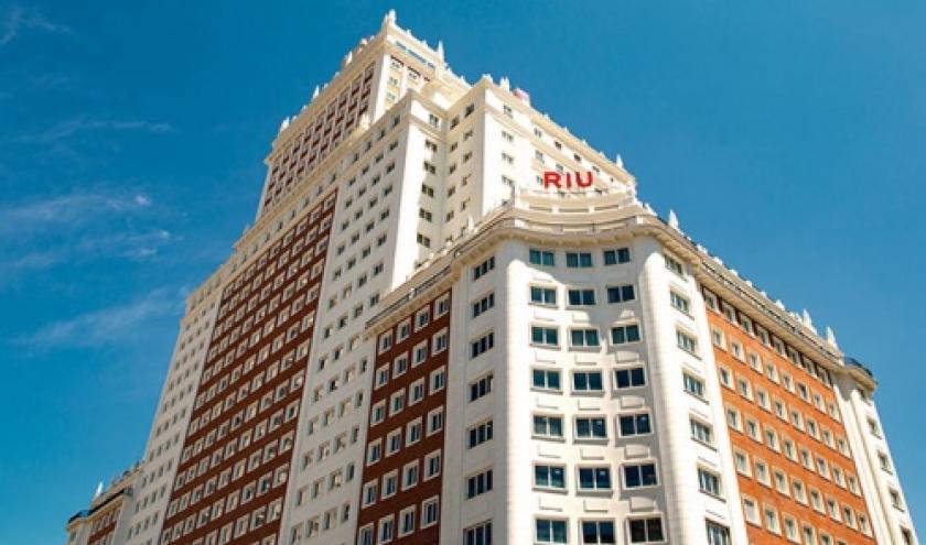La chaine d'hôtels RIU touche le ciel de Madrid