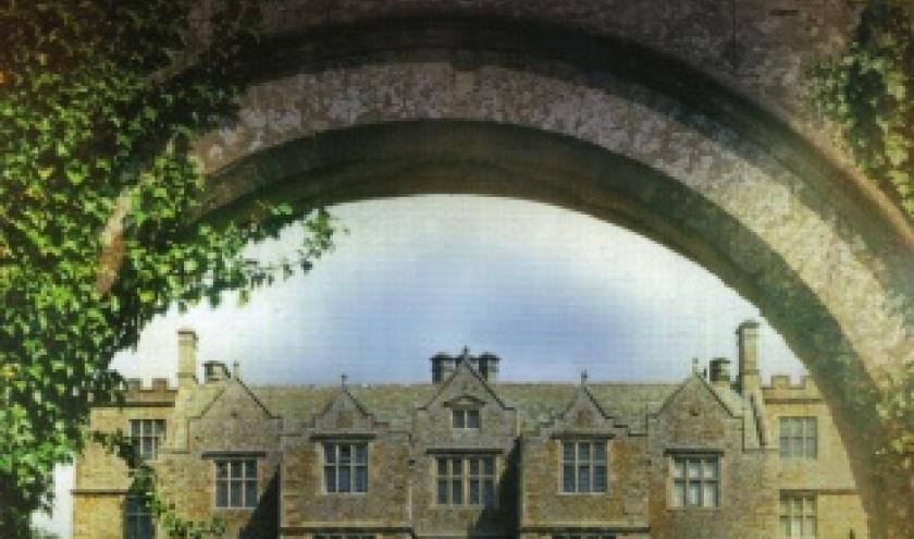 Daringham Hall, Le secret, de Kathryn Taylor chez L'archipel