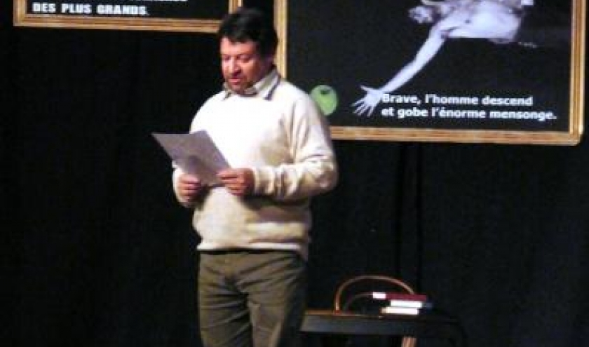 Dany NOEL, Administrateur d'AMAPAC, presente le spectacle