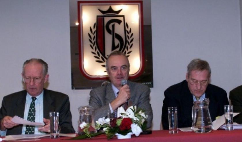 Lucien Levaux (a droite) aux cotess du gouverneur Paul Bolland (a gauche) et d'Andre Duchene (au centre). - © MOSSAY G - BELGA