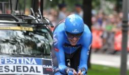 Le Canadien Ryder Hesjedal, vainqueur sortant du Giro, en plein effort.